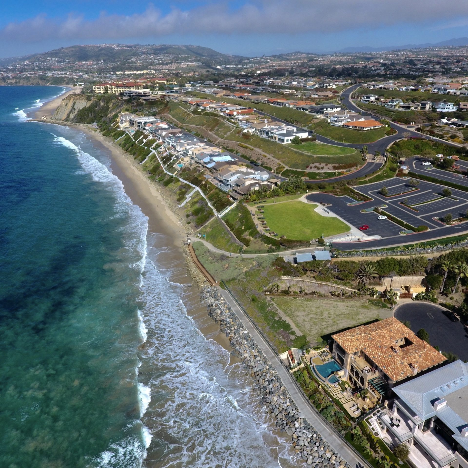 Dana Point's Strand Beach, which perennially hosts some of the state's cleanest ocean water, was one of 20 Orange County beaches to make Heal the Bay's honor role based on water quality tests over the past year.  (Photo by Jeff Gritchen, Orange County Register/SCNG)